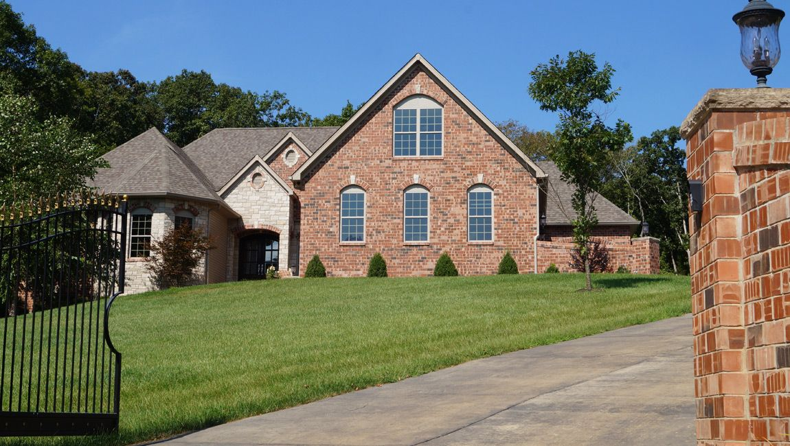 Luxury custome home builder in jefferson county mo for Find custom home builder